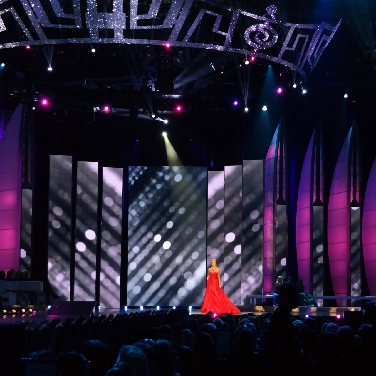 The 2016 Miss America Competition - Screens Design