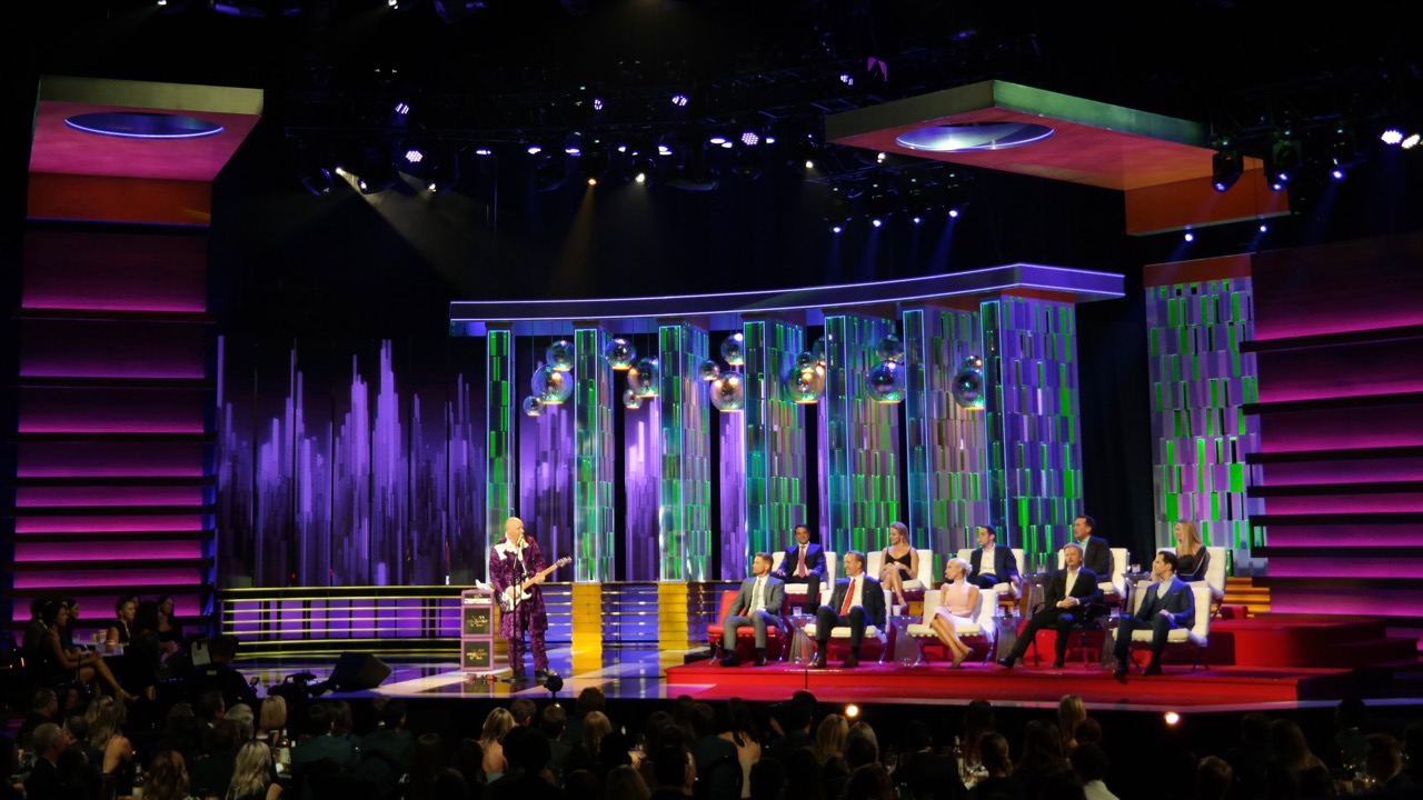 Comedy Central Roast of Rob Lowe - Screens Design